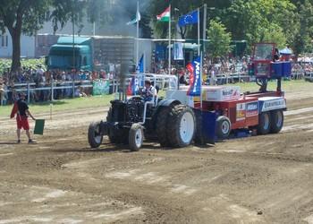 X. Jubileumi Traktorhúzó Bajnokság Hajdúböszörményben (Videó)