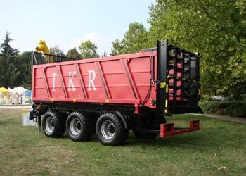 IKR BPT-330 univerzális szervestrágyaszóró pótkocsi, a Magyar Termék Nagydíj pályázat díjazottjai között