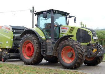 CLAAS AXION 810 – nem kell kisebb traktor mellé!