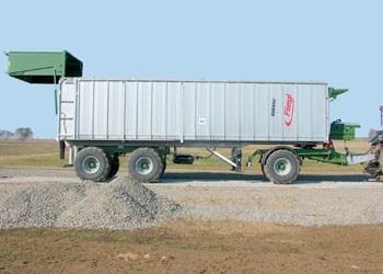 Fliegl Gigant ASS 299 pótkocsi, DLZ teszt – Ha a méret a lényeg?