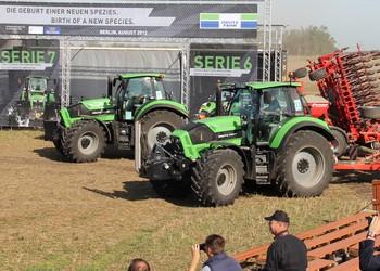 A Deutz Fahr új 6-os és 7-es traktorsorozatának nemzetközi premierje Berlinben (videó)