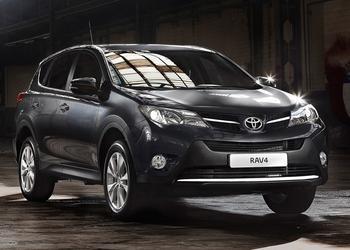 Az új RAV4 az első SUV modell, ami 5 csillagos eredményt ért el a 2013-as értékelés szerint.