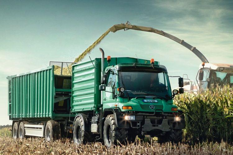 1. kép. Unimog U 500 alkalmazása a mezőgazdasági szállításban (forrás: www.mercedes-benz.co.uk)