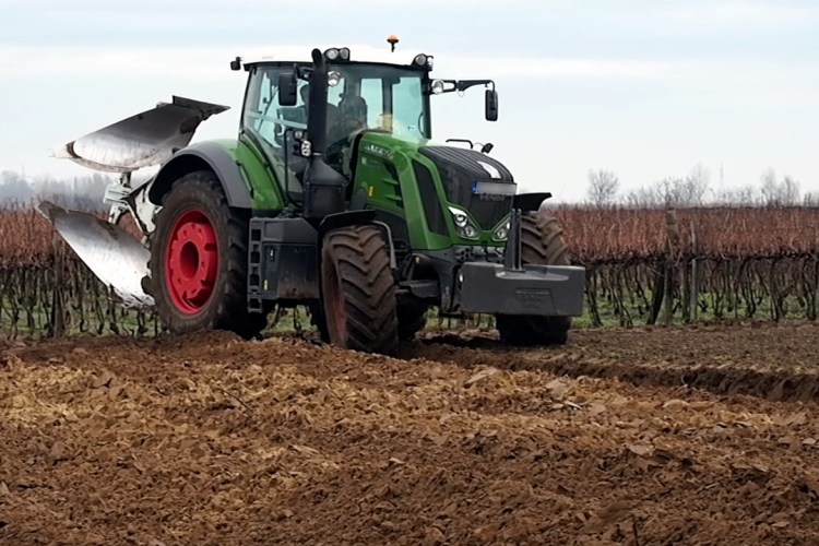 Mezőgazdaságban is fontos a gumiabroncs