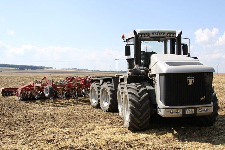 DTU traktor