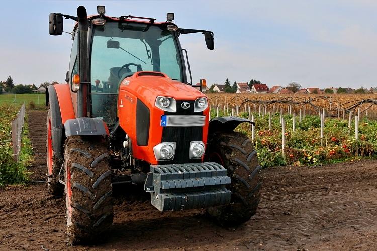 saras traktor