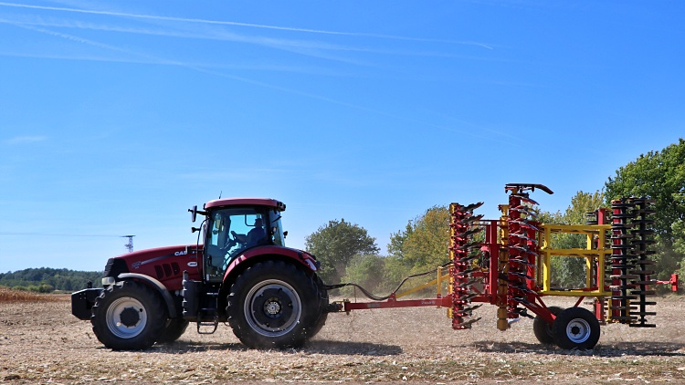 mezőgazdasági gépkapcsolat